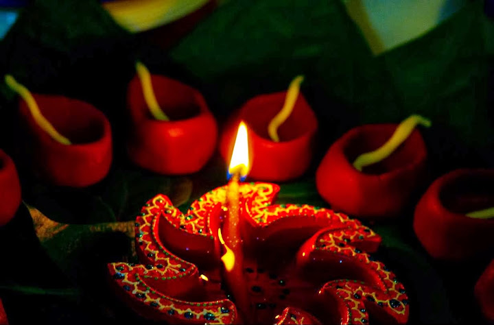 Top 3 Cute Awesome Happy #ShubhDiwali 2014 SMS, Quotes, Messages For Facebook And WhatsApp