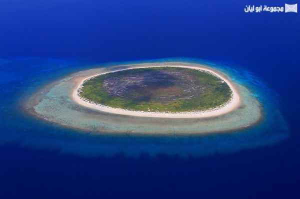 اغرب 10 : جزر في العالم Eye-Island-600x399