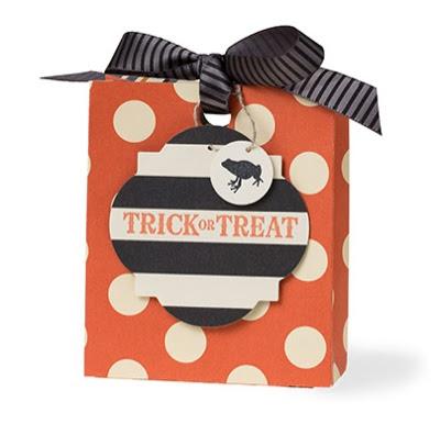 Trick or Treat bag - Stampin' Up! - www.jennsavstamps.blogspot.com