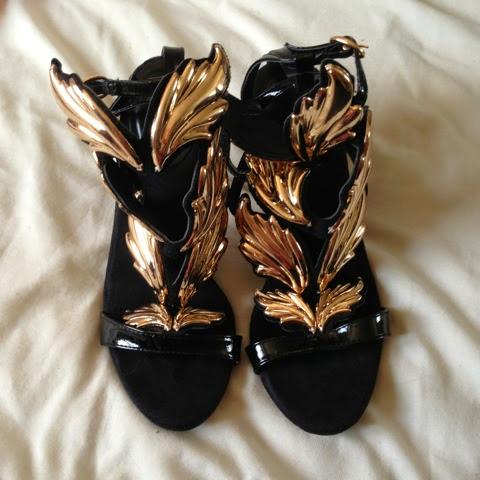 Sammi Jackson - OASAP Gold Leaf Sandals