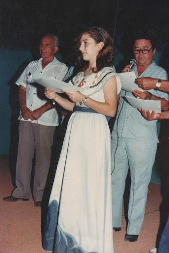 Clarissa Montemayor, Profr. Daniel Guadiana y Profr. Héctor Gandhi Montemayor en el campeonato nacional de ligas pequeñas división menor de 1986