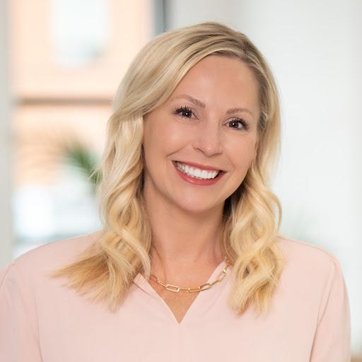 Carrie Feldman