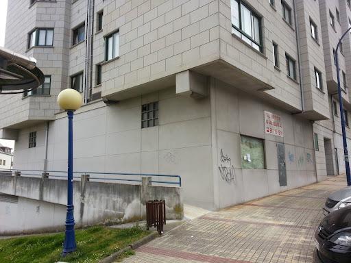 Local en venta con 330 m2,  en Culleredo