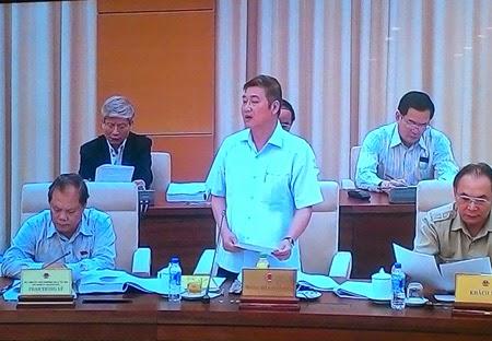Pho Chanh an TAND toi cao Nguyen Son phat bieu tai phien thao luan