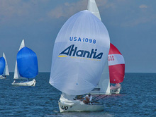 J/22 one-design sailboat- sailing at Worlds