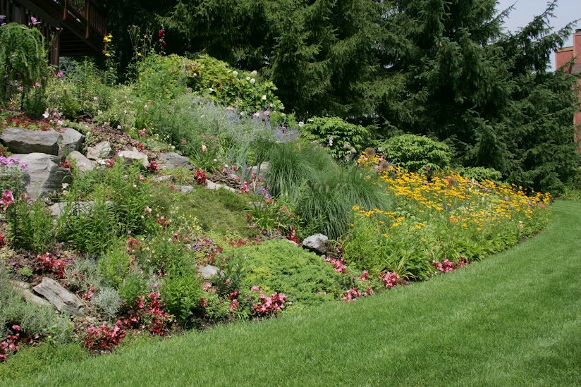 Conosciuto Muro di sostegno per terrazzo? Giardini-giardino in collina  HE87