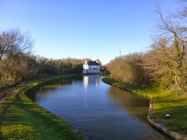 Lock-keeper's house near Tring