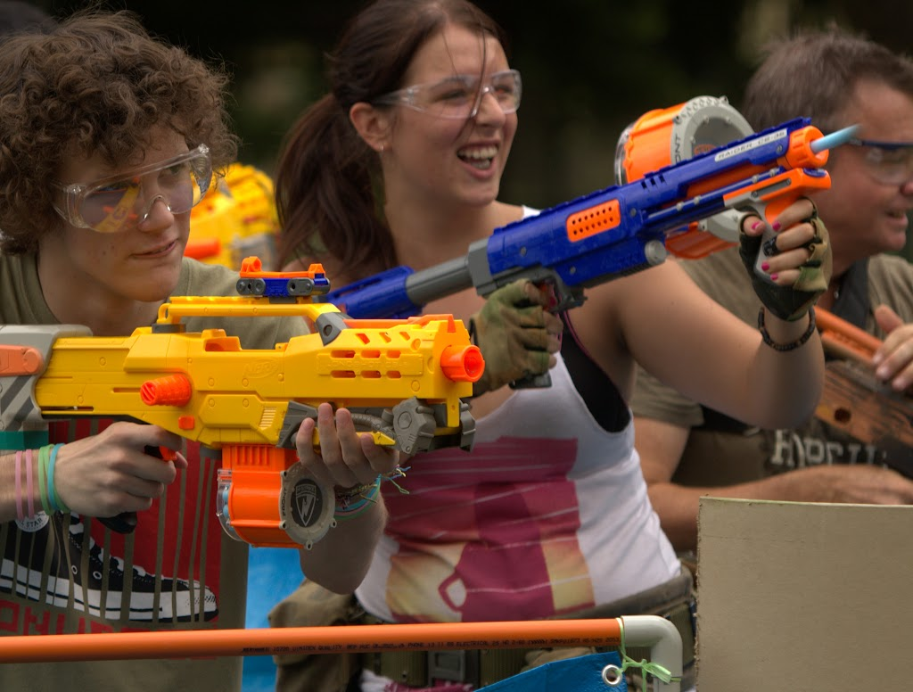 Kelvin Grove war pictures: December 18th   Picture heavy... Nerf%2Bwar%2B305
