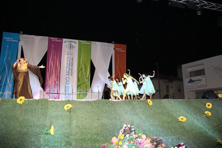 Dnaças do Mundo 2011 - Vânia Fernandes & Ballet Contemporâneo da Cassa da Gaia