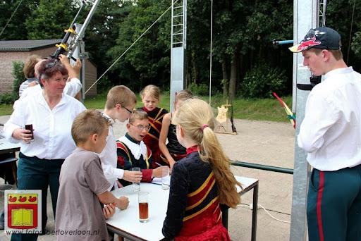 Koningschieten Sint Theobaldusgilde overloon 01-07-2012 (37).JPG