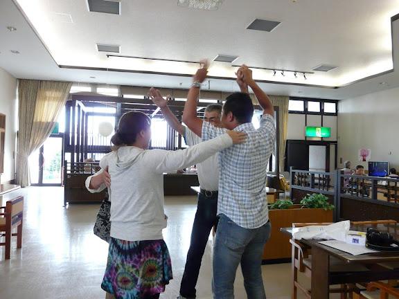 前田隆行さんも加わり、4人で歓喜
