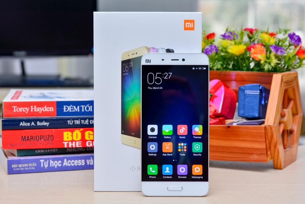 Hình ảnh khui hộp Xiaomi mi5 tại Việt Nam với giá bán trên 10 triệu đồng - 112925