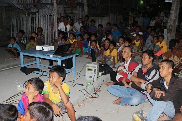 penonton film dokumenter penyu pambusuang