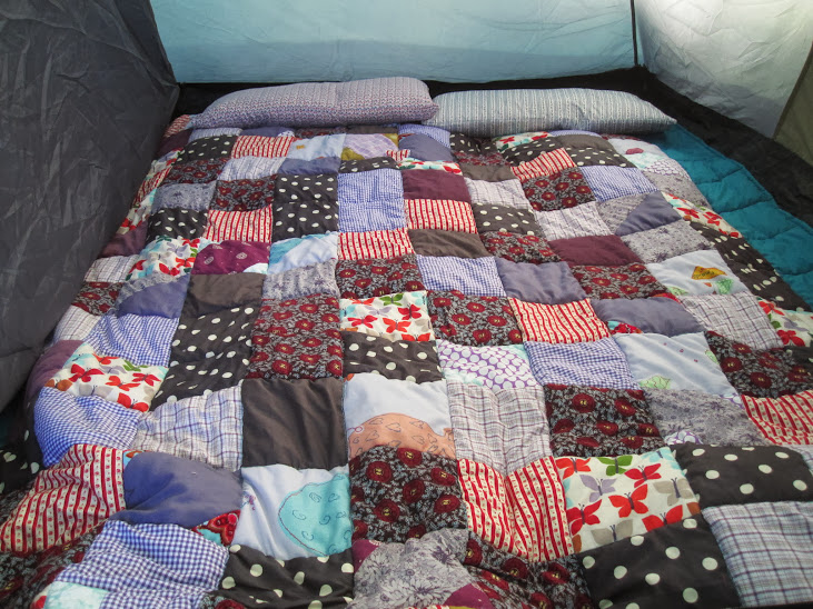A Cozy Camping Quilt | so resourceful : camping quilt - Adamdwight.com