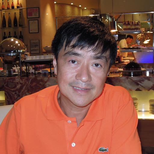 Carlos Uy
