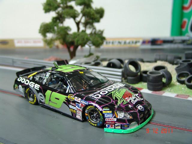 NASCAR Dodge Charger Moutain Dew 2006 DSC07048