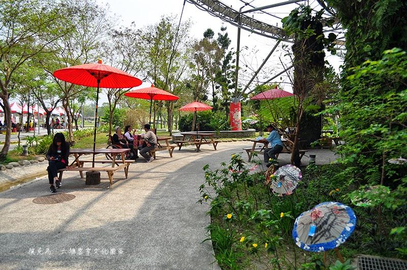 六堆客家文化園區工藝產業館