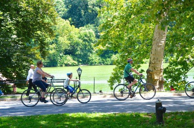 "Картинки по запросу ""riding a bike in central park"""