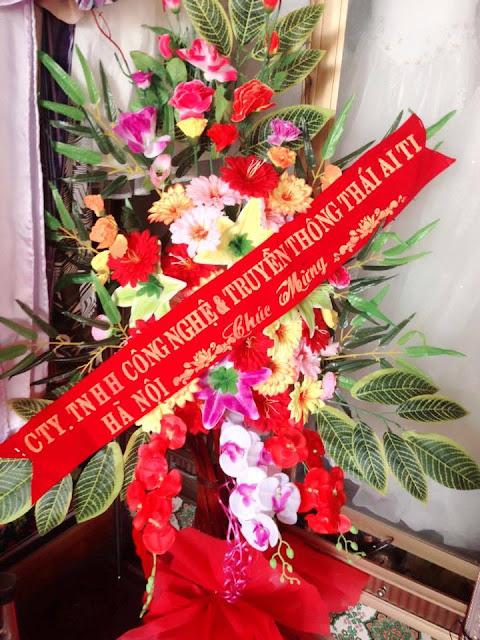 ThaiAiTi chúc mừng khai trương ảnh viện áo cưới Jenny Thảo