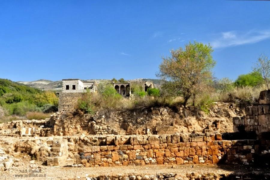 Крепость крестоносцев в Баниас. Экскурсия на Голанские высоты. Гид Светлана Фиалкова.