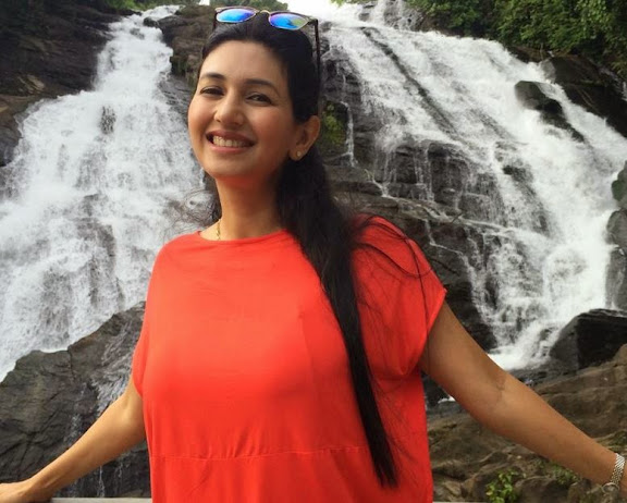 Deepti Bhatnagar Photos