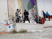 J/92s sailing Hamble winter series