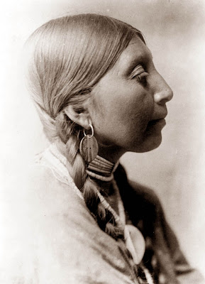 women and north american native religions Native american religions  (de)colonization since the 1990s, the body of scholarship about native north american women in the atlantic world is emergent and vibrant.