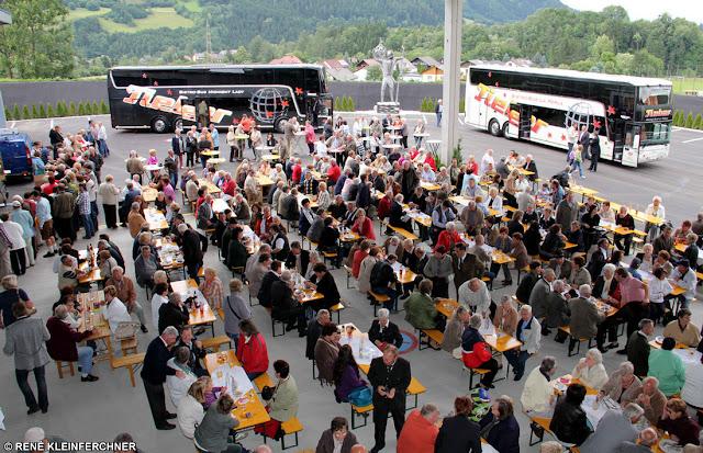 Tag Der Offenen Tür Und Eröffnung Des Bussines Forum Bei Tieber