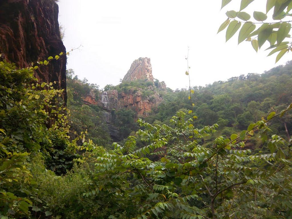 Ugra Sthambham
