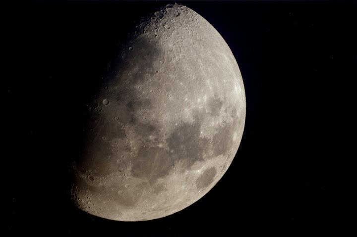 lune du 1er avril aux reflex numérique Quartier%2520lune2