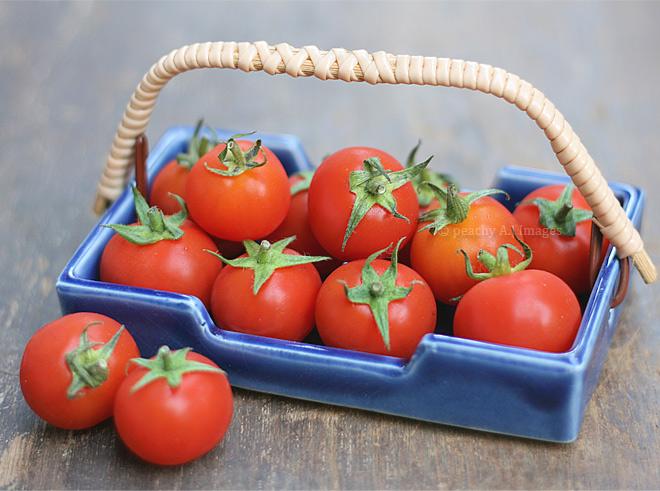 Roasted Tomato & Tuyo Linguine | www.thepeachkitchen.com