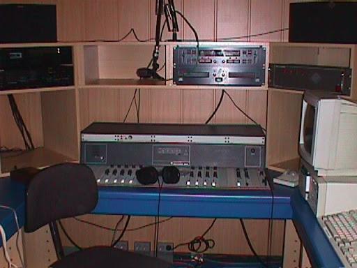 Studio Radio Contact Maasmechelen 2.JPG