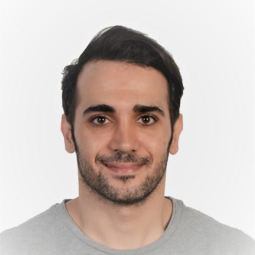 Amir Najafi Photo 16