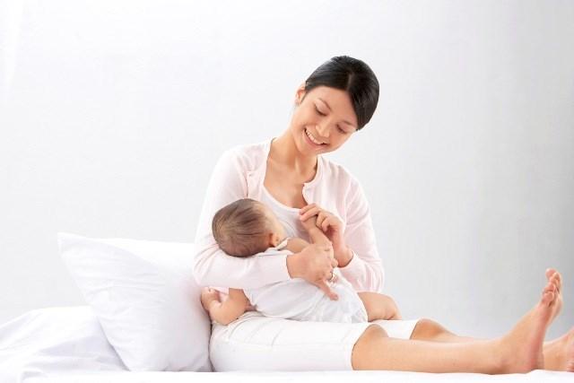 Mách các mẹ bí quyết làm đẹp sau sinh, mang lại làn da trắng mịn dịu dàng_1