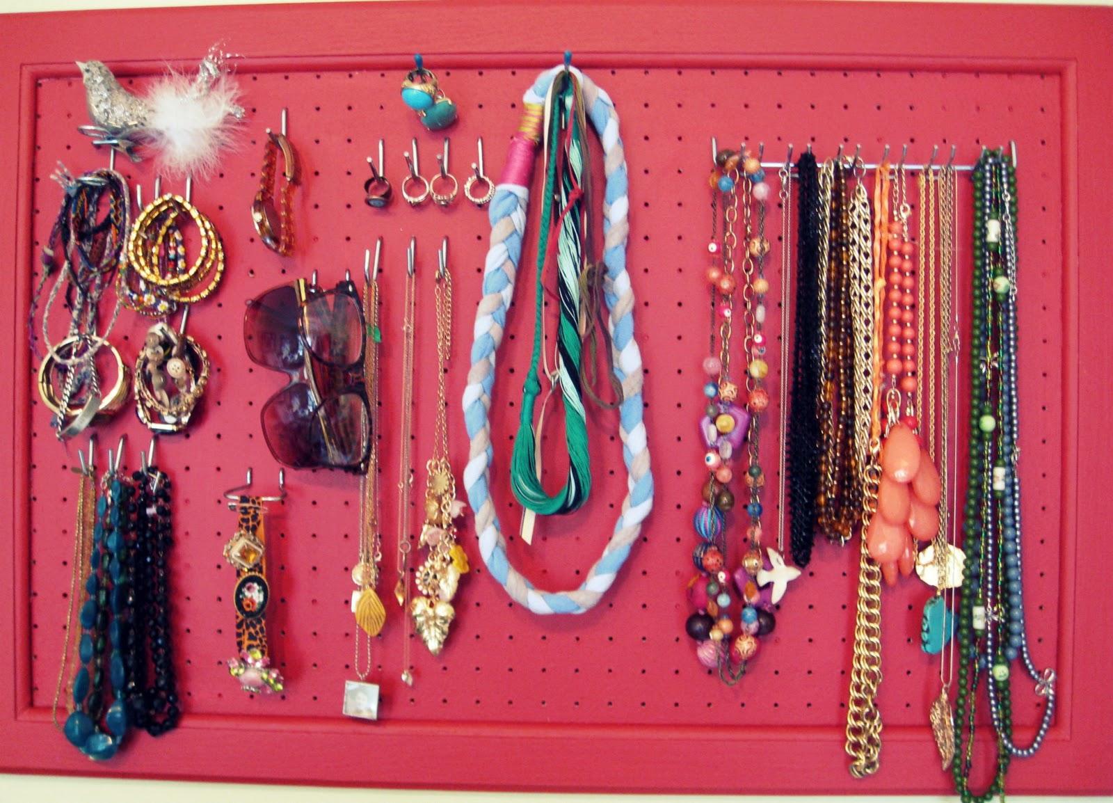diy peg board jewelry display peg board jewelry