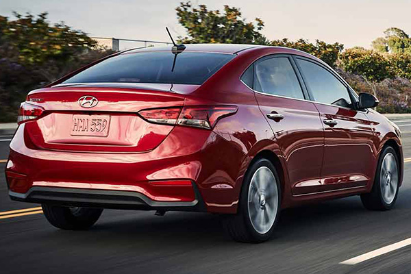 2019-Hyundai-Elantra-2019-angular-rear