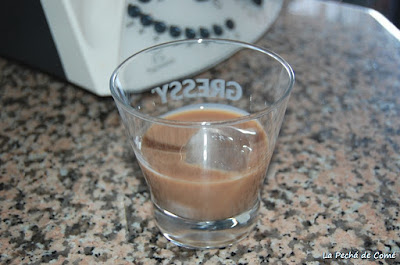 Licor de chocolate con leche