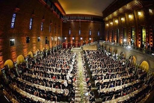 Cận cảnh bữa tiệc xa hoa chiêu đãi người đoạt giải Nobel 1