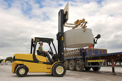 Xe nâng Yale 4 - 5 tấn LPG