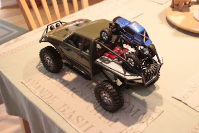 Redcat sumo crawler Photo%2525205