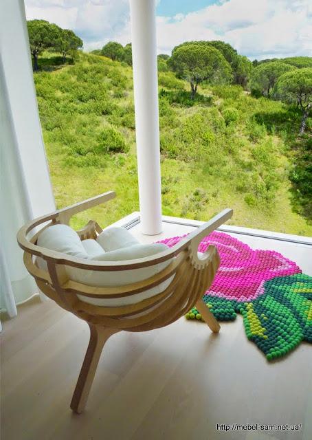 Что бы было удобно сидеть - кресло комплектуется специальными подушками