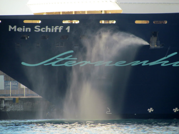 water from the cruise ship