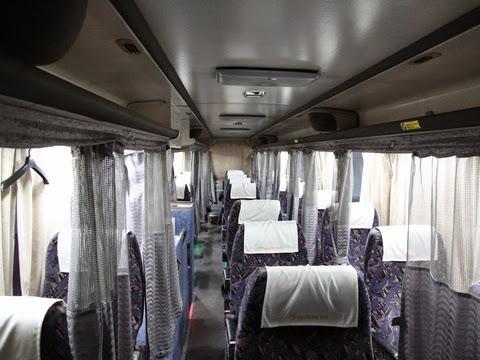 名鉄バス「グラバー号」 2607 車内