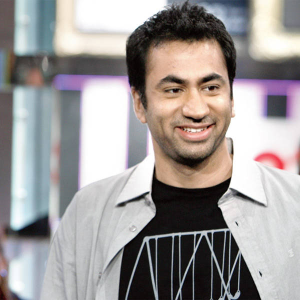 Earlier, there used to be just an occasional Indian character in international TV shows, but, today, almost every sitcom has either a protagonist or recurring popular characters, who is Indian. Let's take a look at some of the Indian characters in popular international sitcoms: Kal Penn plays the role of Kevin Venkataraghavan in hit TV show How I Met Your Mother.