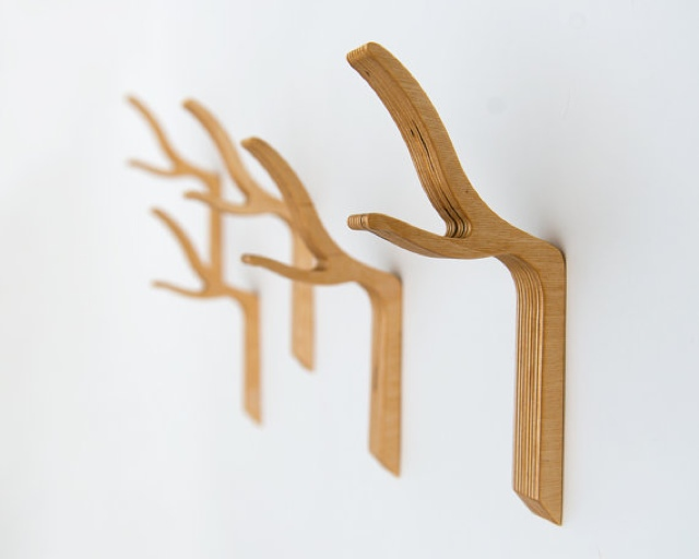 {Design} Twiggy coat hooks