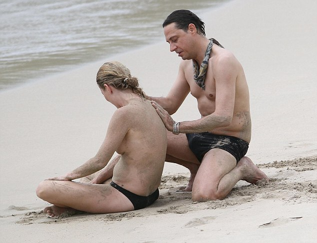 naked teen virgin free download photo