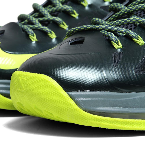 Detailed Look at Upcoming Nike LeBron X 8220Atomic Dunkman8221