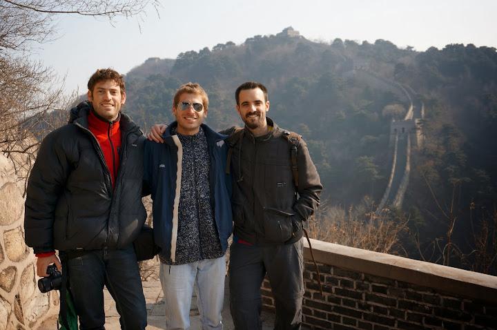 Diego y Esteban en la gran muralla china