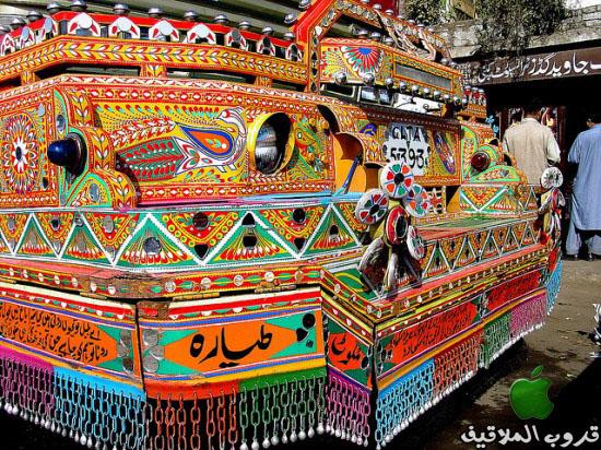 شاحنات باكستانية مزخرفة 4.jpg