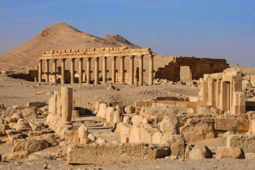 Near East: Syrian forces repel ISIS advance on Palmyra